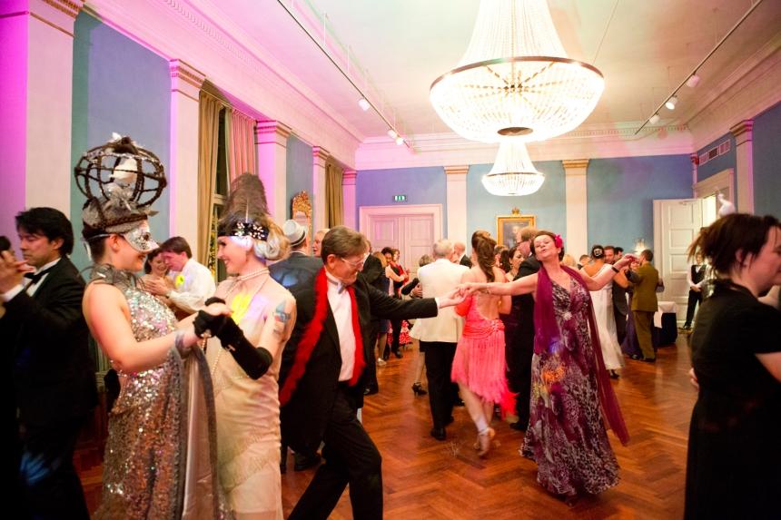 The English waltz